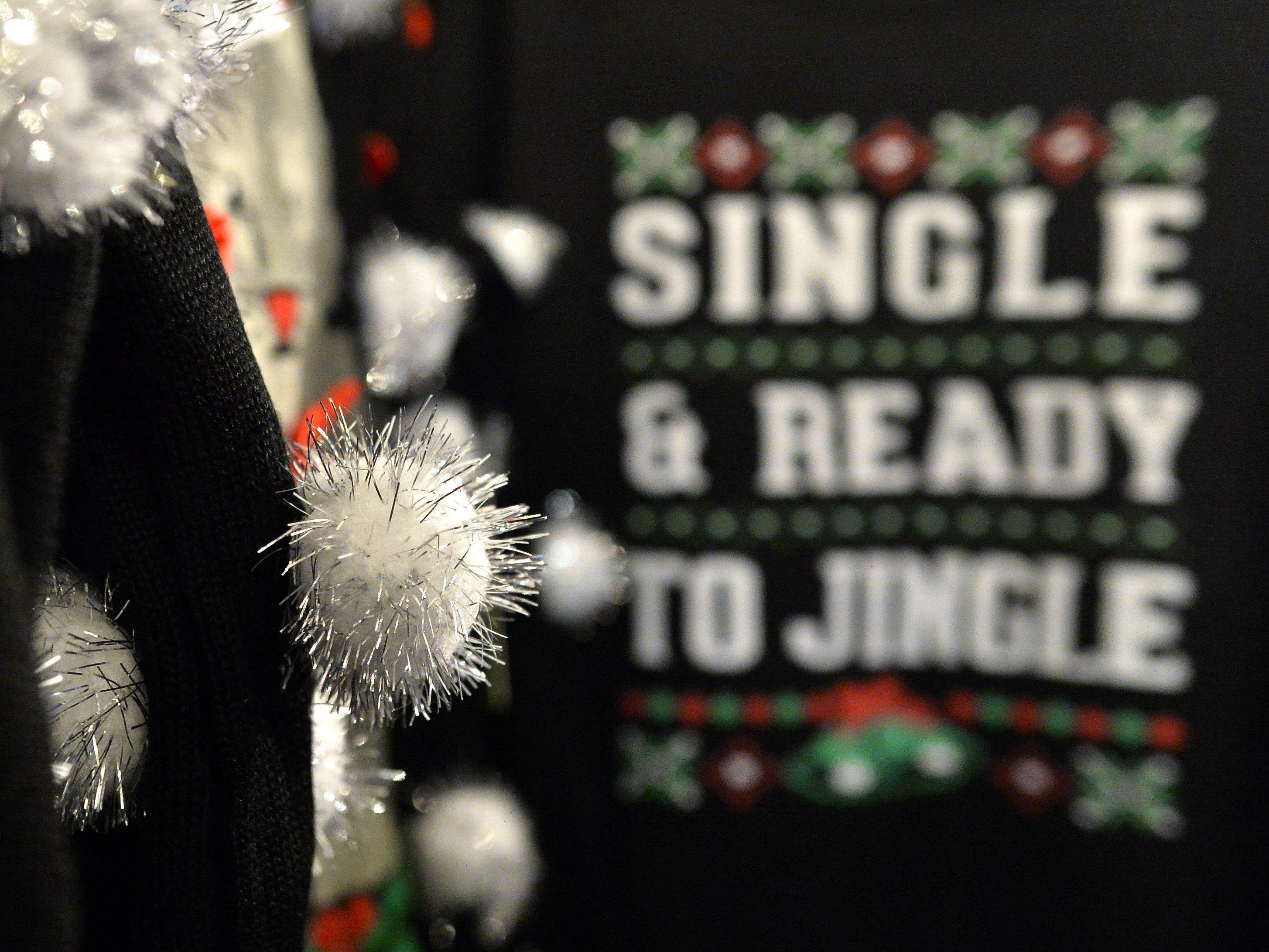 """So hässlich wie nur möglich: Der """"Ugly-Christmas-Sweater""""-Trend ist hierzulande angekommen"""
