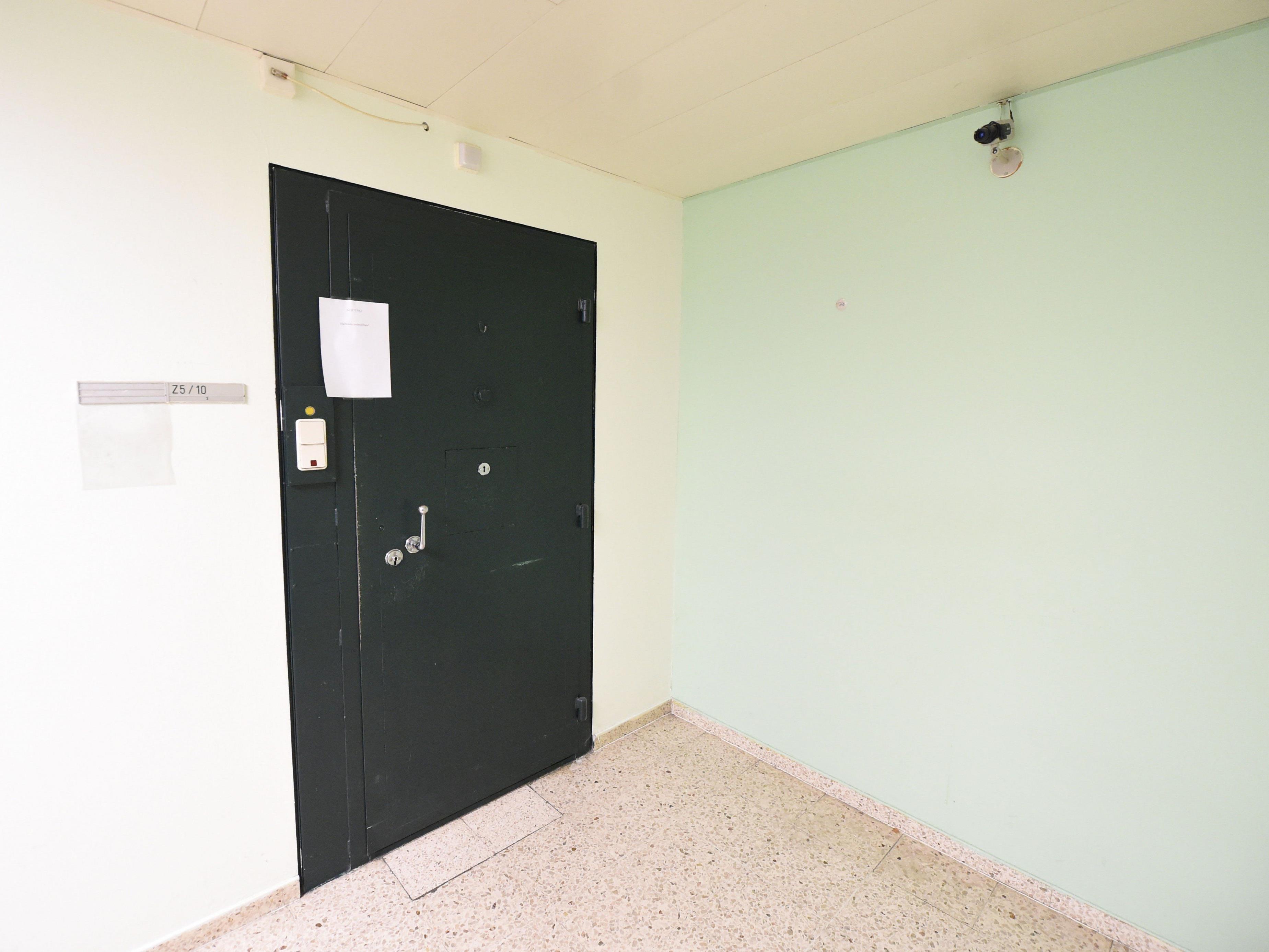 Hinter dieser Zellentür wurde Aliyev tot gefunden