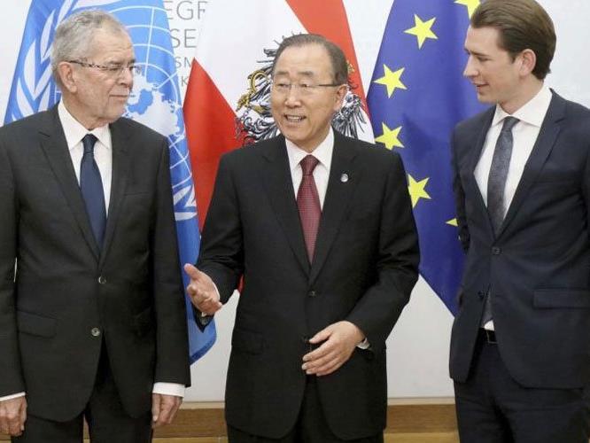 Der designierte Bundespräsident Alexander Van der Bellen, der scheidende UNO-Generalsekretär Ban Ki-moon, und Außenminister Sebastian Kurz.