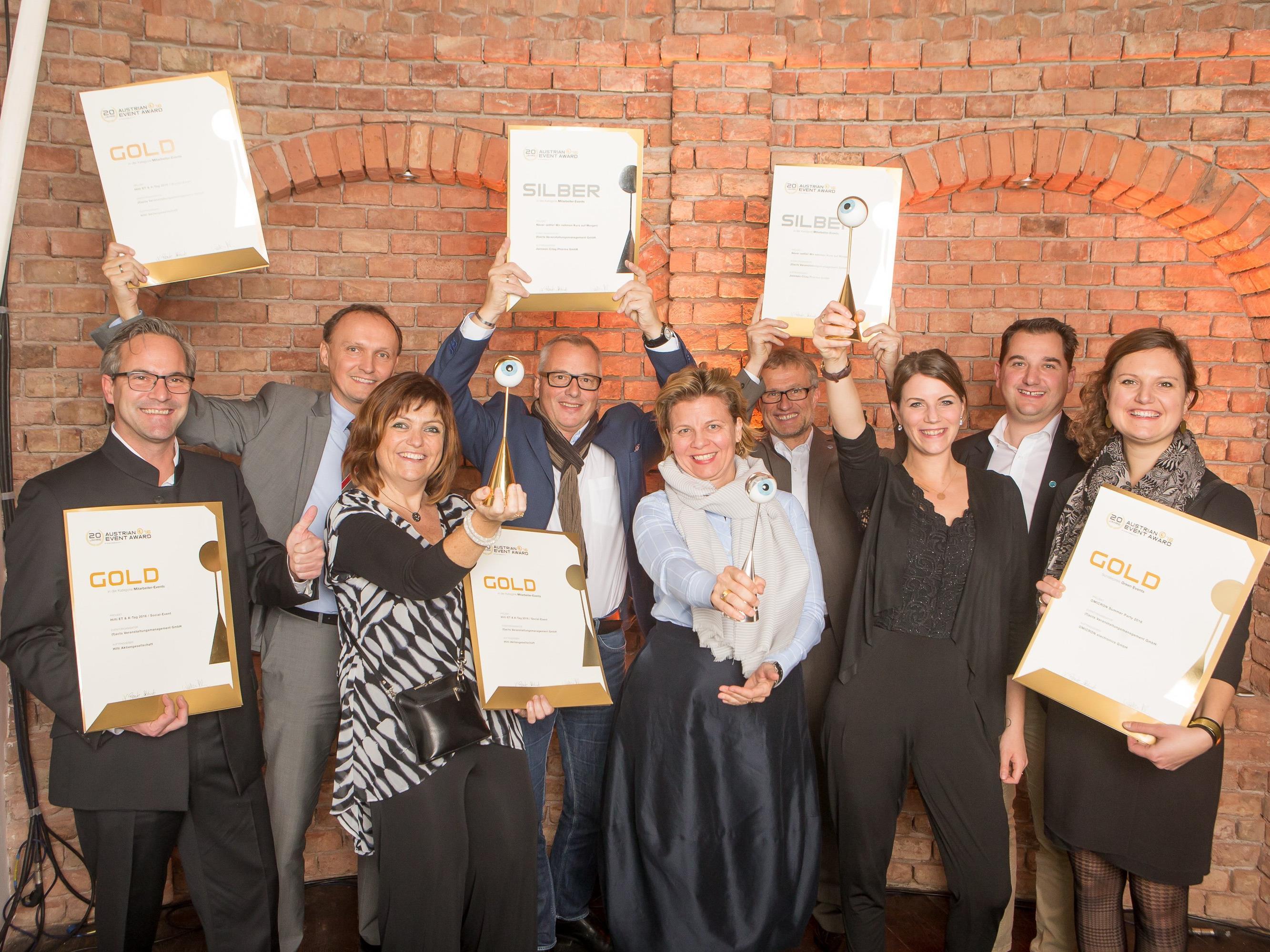 Drei Awards für drei Einreichungen – drei Top-Events für drei internationale Kunden: Die Vorarlberger Eventagentur (f)acts räumte beim diesjährigen Austrian Event Award so richtig ab.