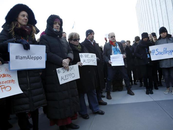 Weltweit wird Solidarität mit der Zivilbevölkerung in Aleppo kundgetan.