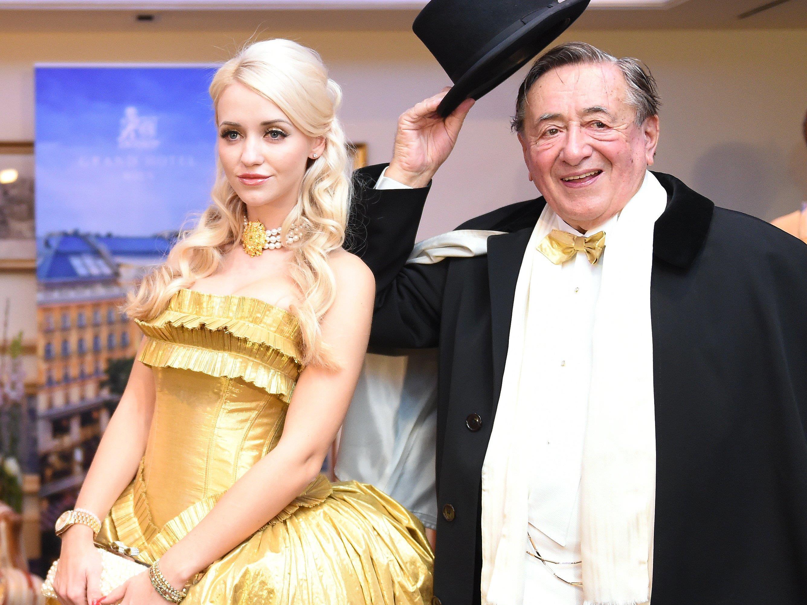 """Nächstes Jahr findet der Wiener Opernball ohne """"Spatzi"""" statt"""