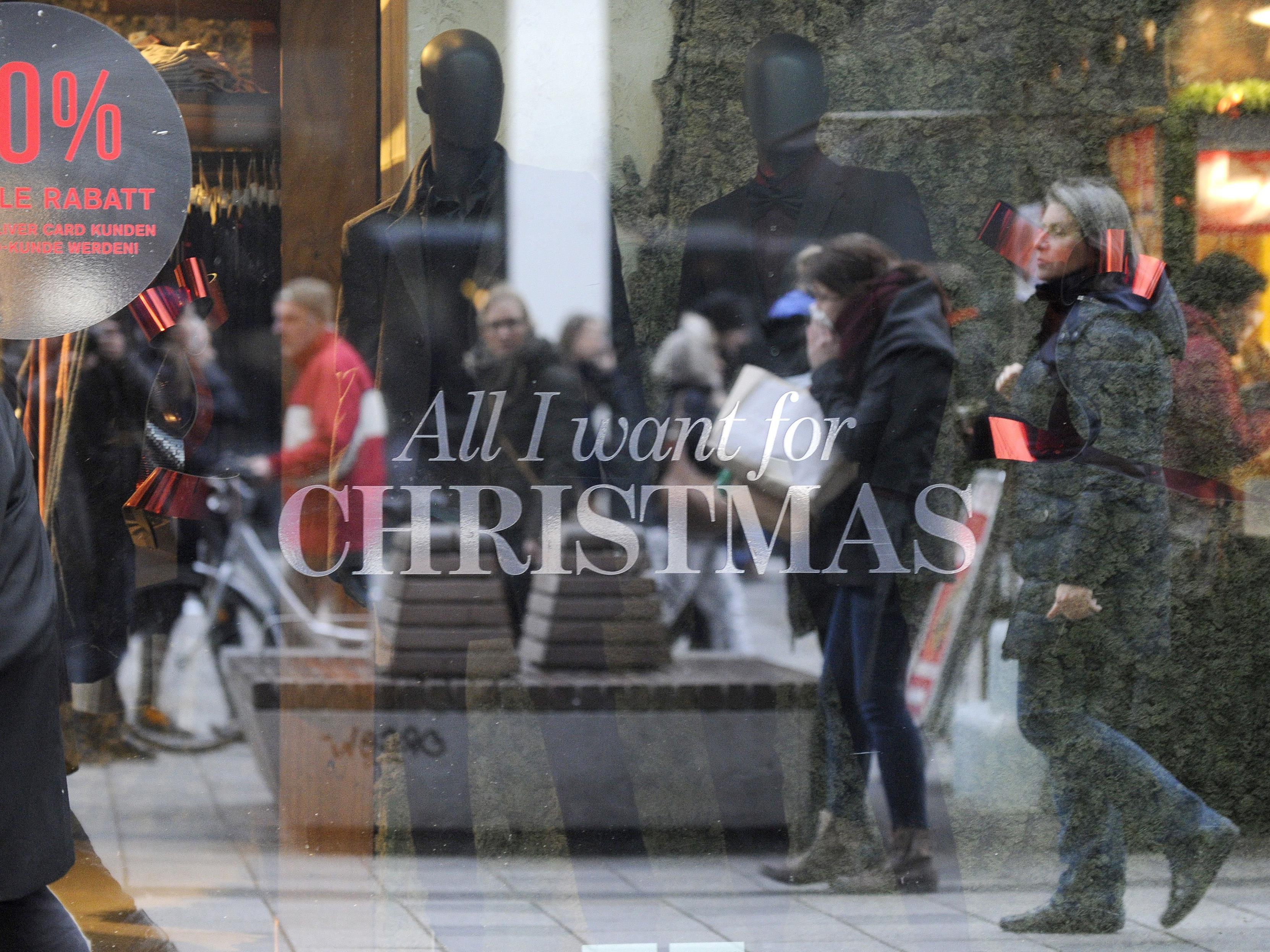 Auf der Mariahilfer Straße in Wien hat der Abverkauf nach Weihnachten begonnen