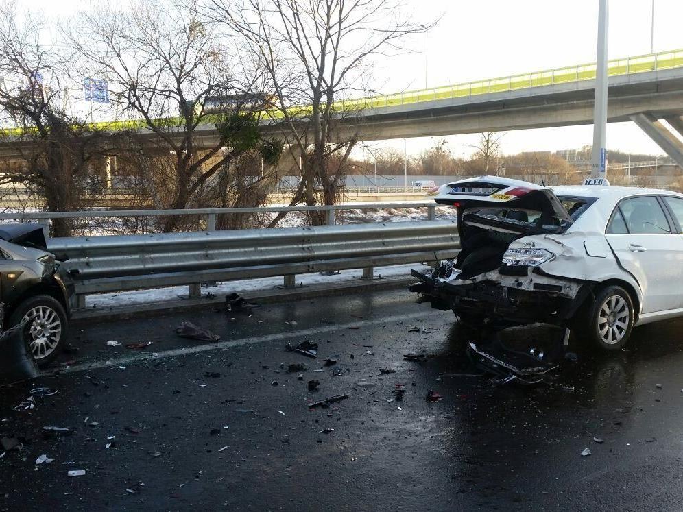 Schwerer Unfall auf der Ostautobahn (A4).