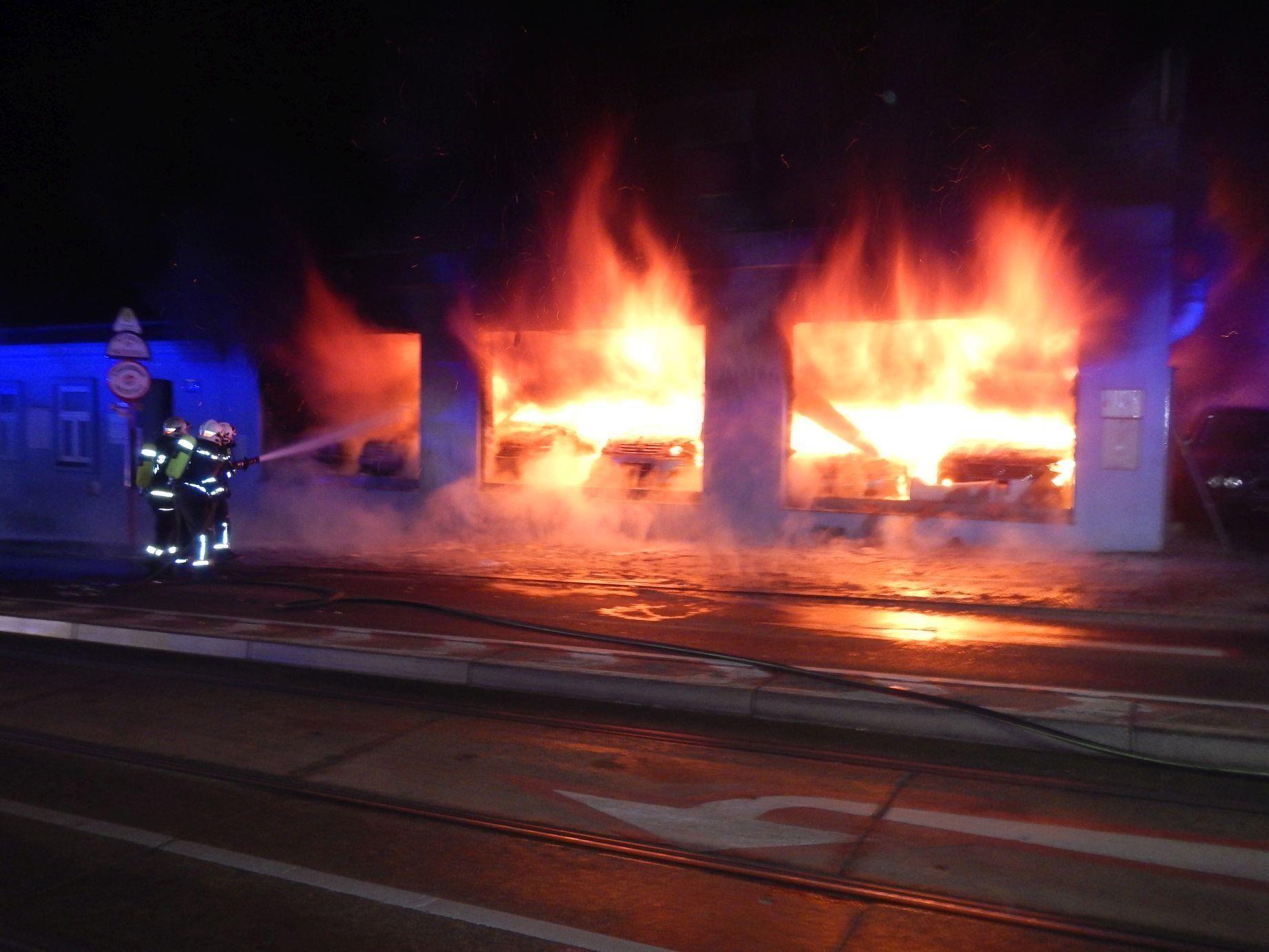 In Meidling musste die Feuerwehr zu einem Vollbrand ausrücken
