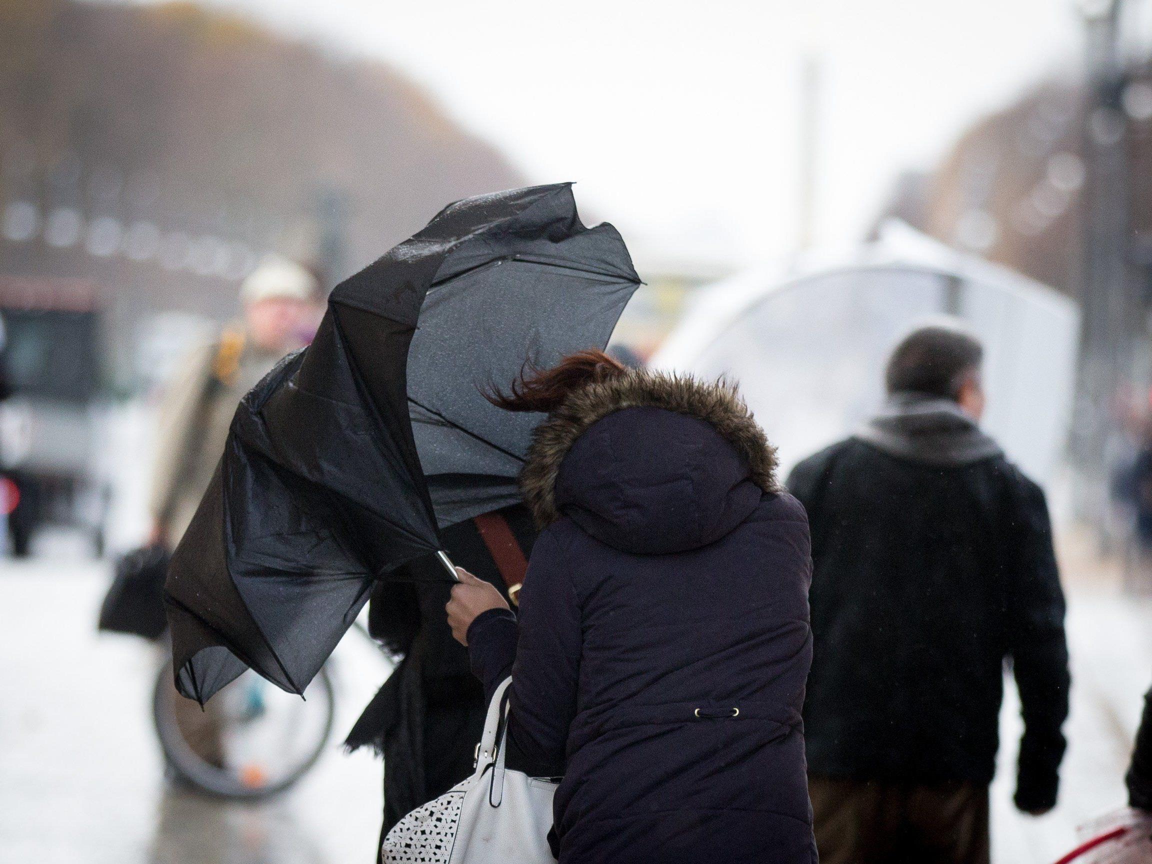 Sturm und Schnee in Österreich.