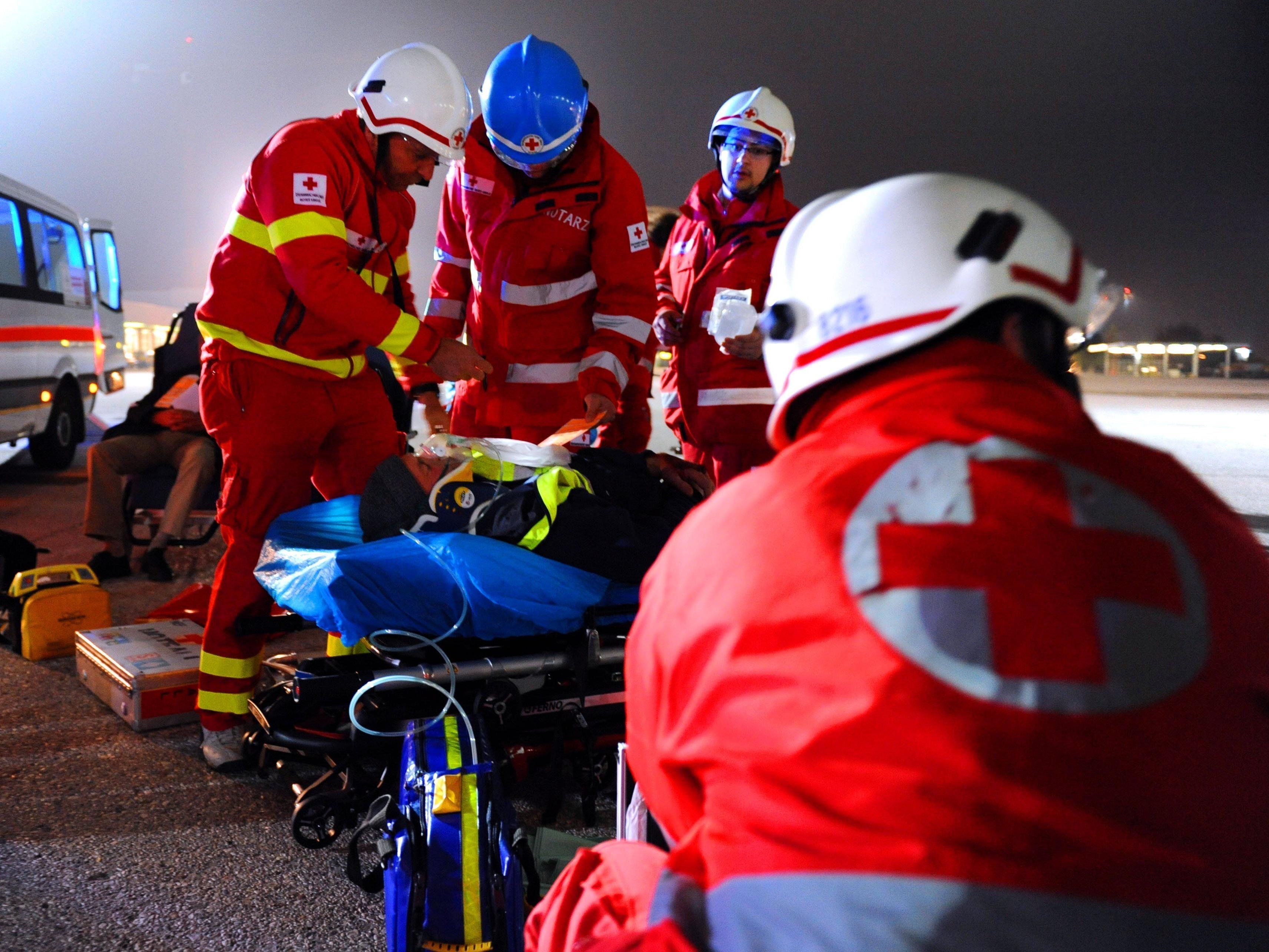 Das Rote Kreuz konnte den verunglückten Mann retten.