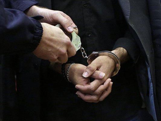 Der Angreifer wurde festgenommen.