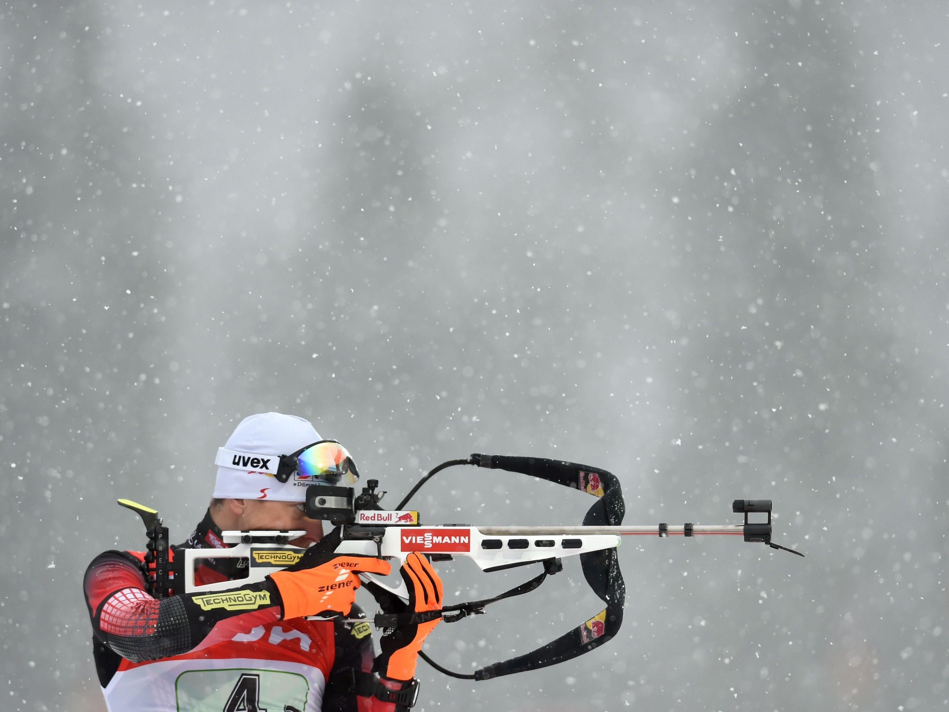 Julian Eberhard gewann den Biathlon-Sprint in Oberhof.