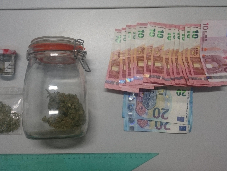In Meidling konnte ein Suchtmittelhändler ausgemacht und verhaftet werden
