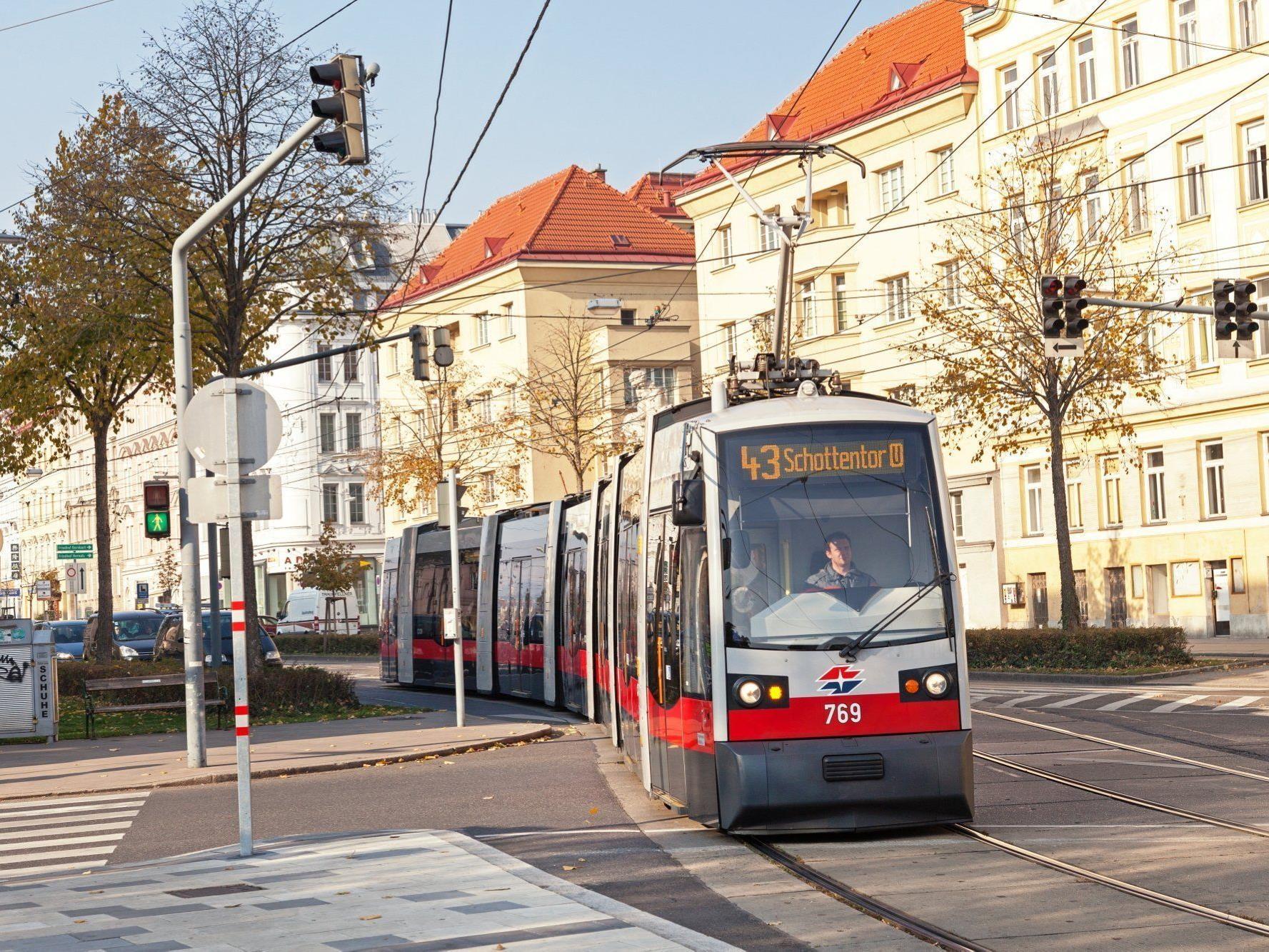 In Hernals wurde eine Oberleitung der Straßenbahn beschädigt