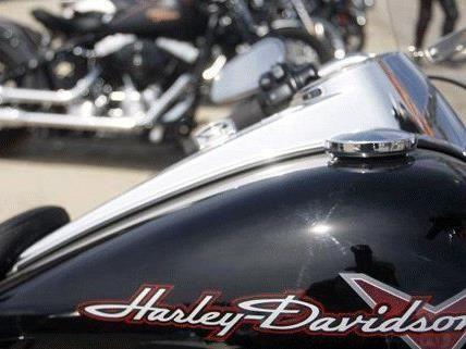 Zwei Festnahmen nach versuchtem Diebstahl von Motorrädern gab es in Floridsdorf