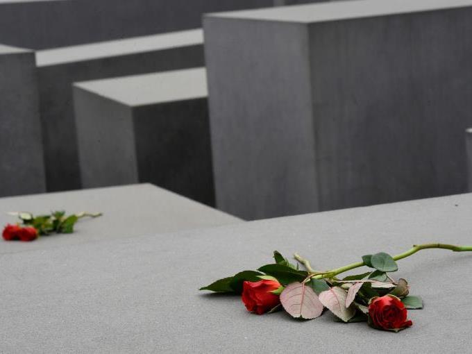 Internationales Gedenken an den Holocaust.