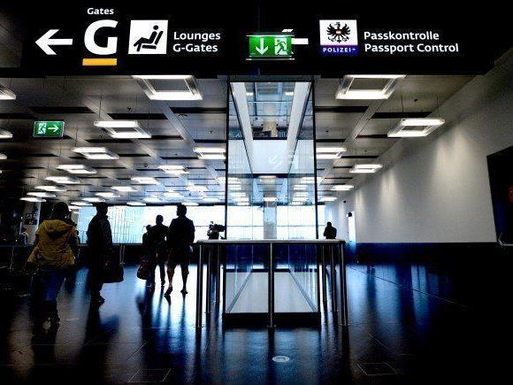 Die vom US-Einreiseverbot betroffenen Passagiere kehren in den Iran zurück.