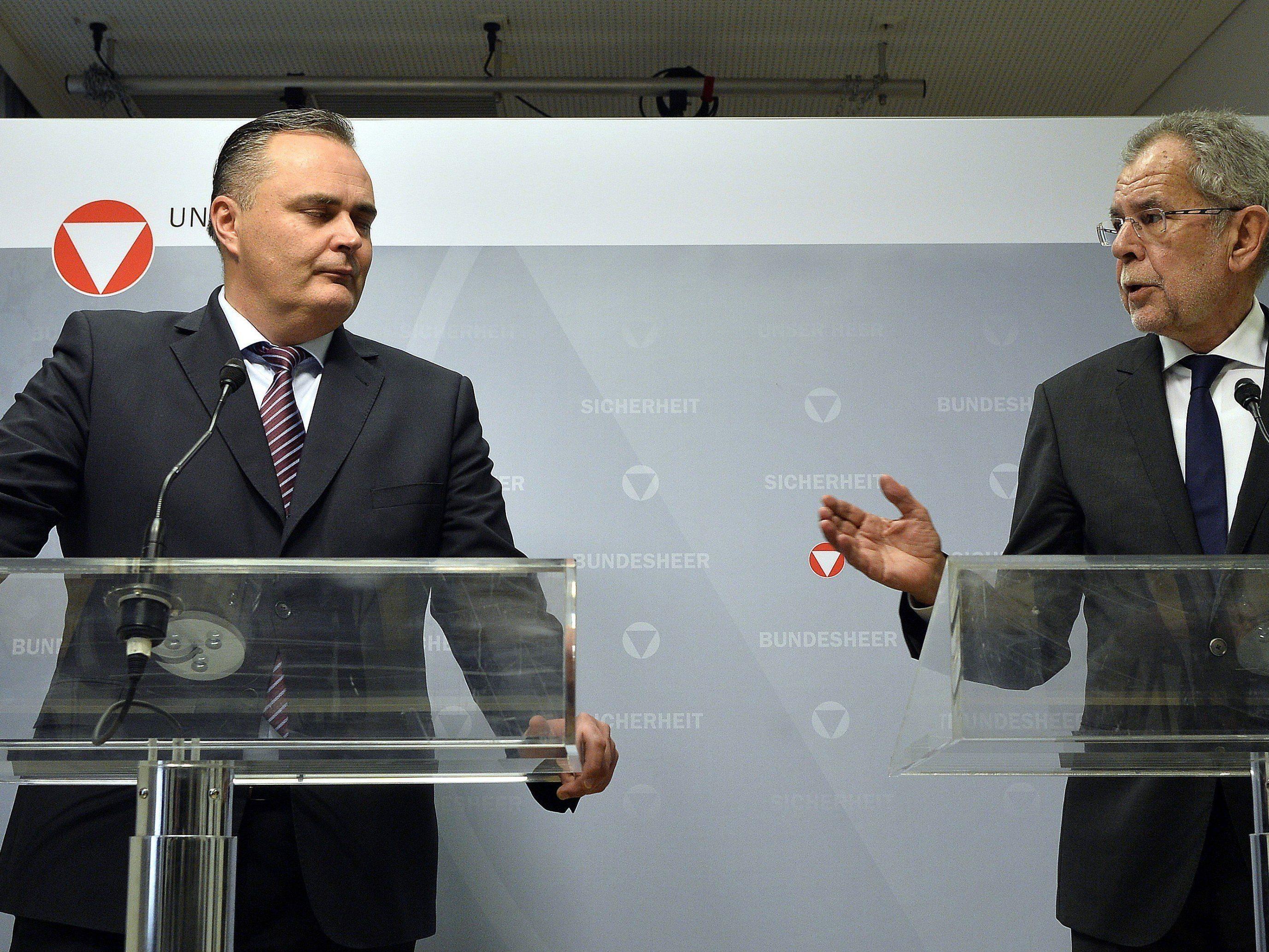 Van der Bellen traf die Entscheidung im Einvernehmen mit im Einvernehmen mit Verteidigungsminister Hans Peter Doskozil