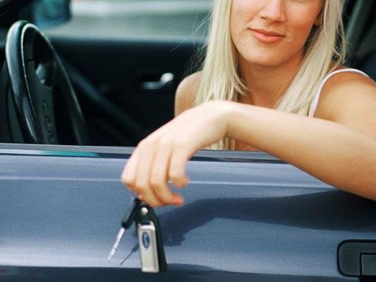 34-jährige Salzburgerin zur versuchten Bestimmung zum Amtsmissbrauch geständig.