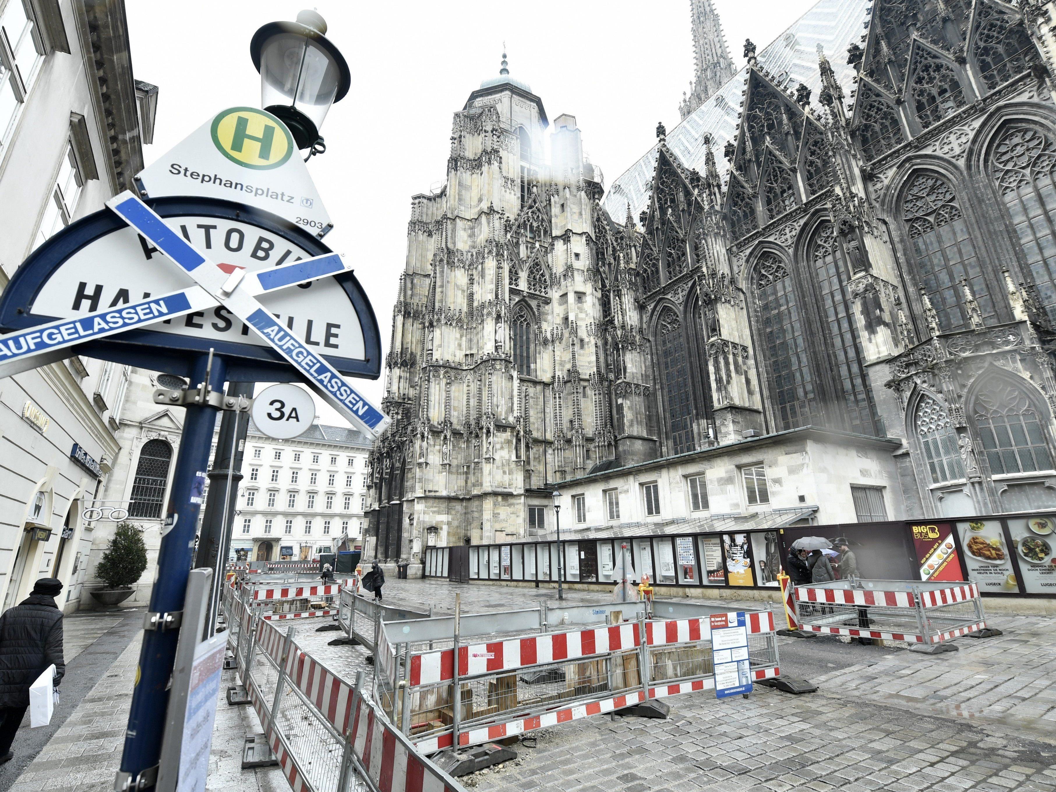 Bauarbeiten und Führungen am Stephansplatz