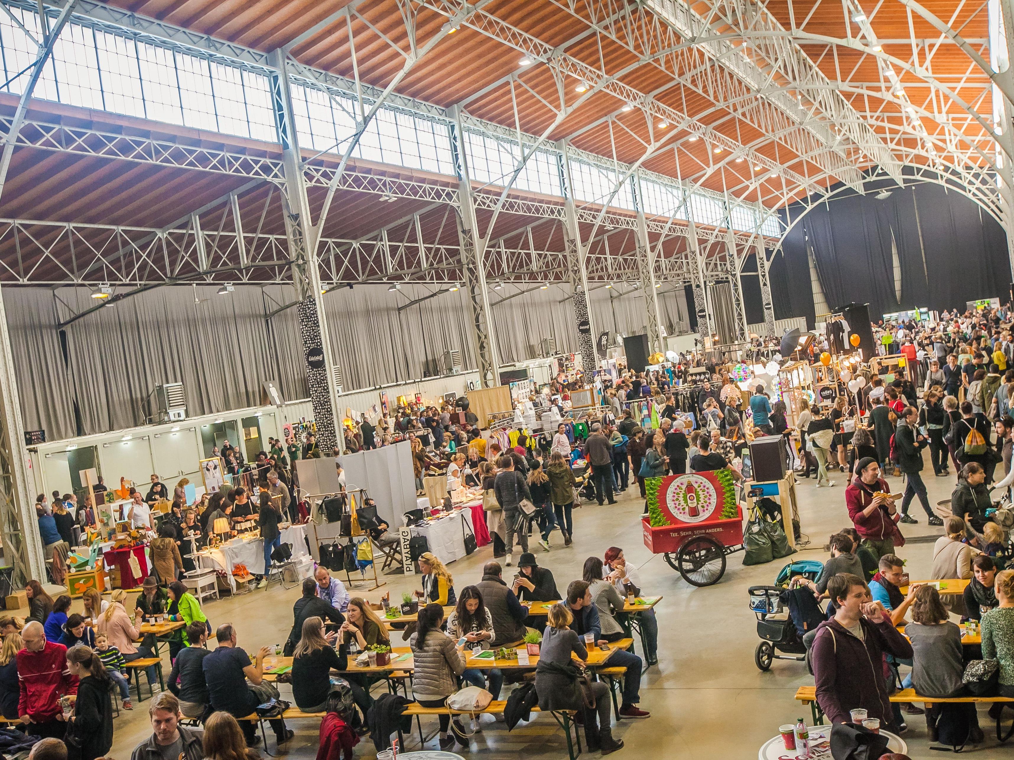 Beim Edelstoff Designmarkt in der Marx Halle