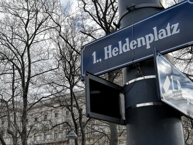 Debatte um den Wiener Heldenplatz.