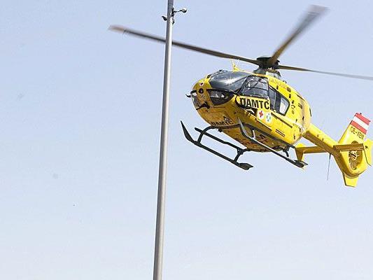 68-Jährige wurde vom Notarzthubschrauber ins Wiener SMZ Ost geflogen
