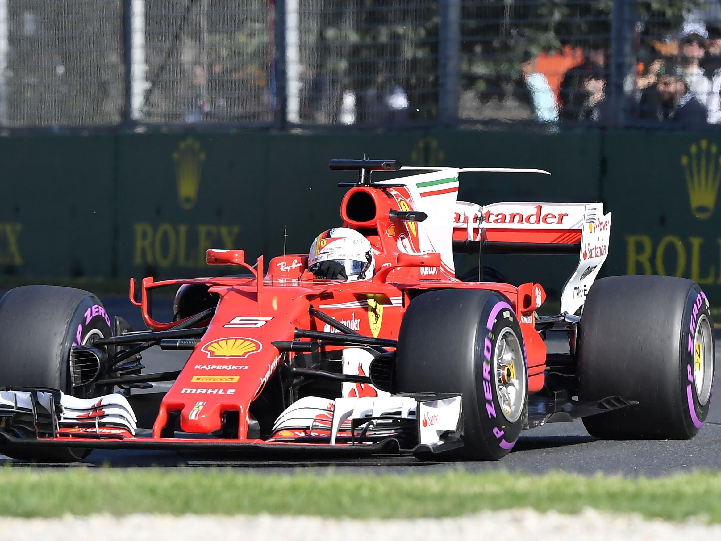 Nach den ersten Boxenstopps übernahm Sebastian Vettel die Führung.