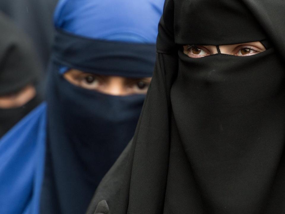 Zahlreiche Länder machen für das Burka-Verbot mobil.