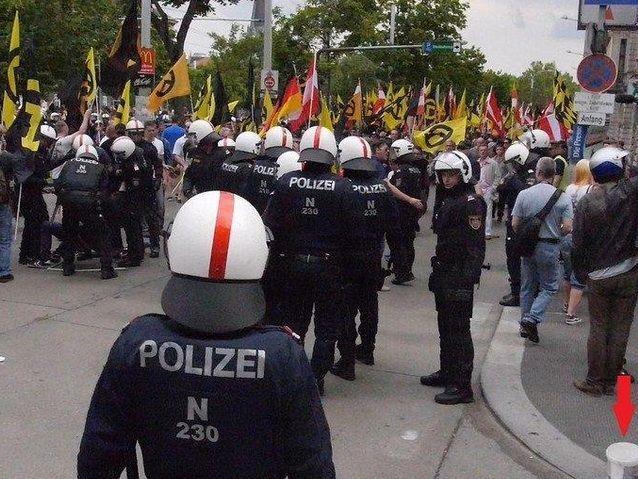 Bei der Demonstration der Identitären in Wien