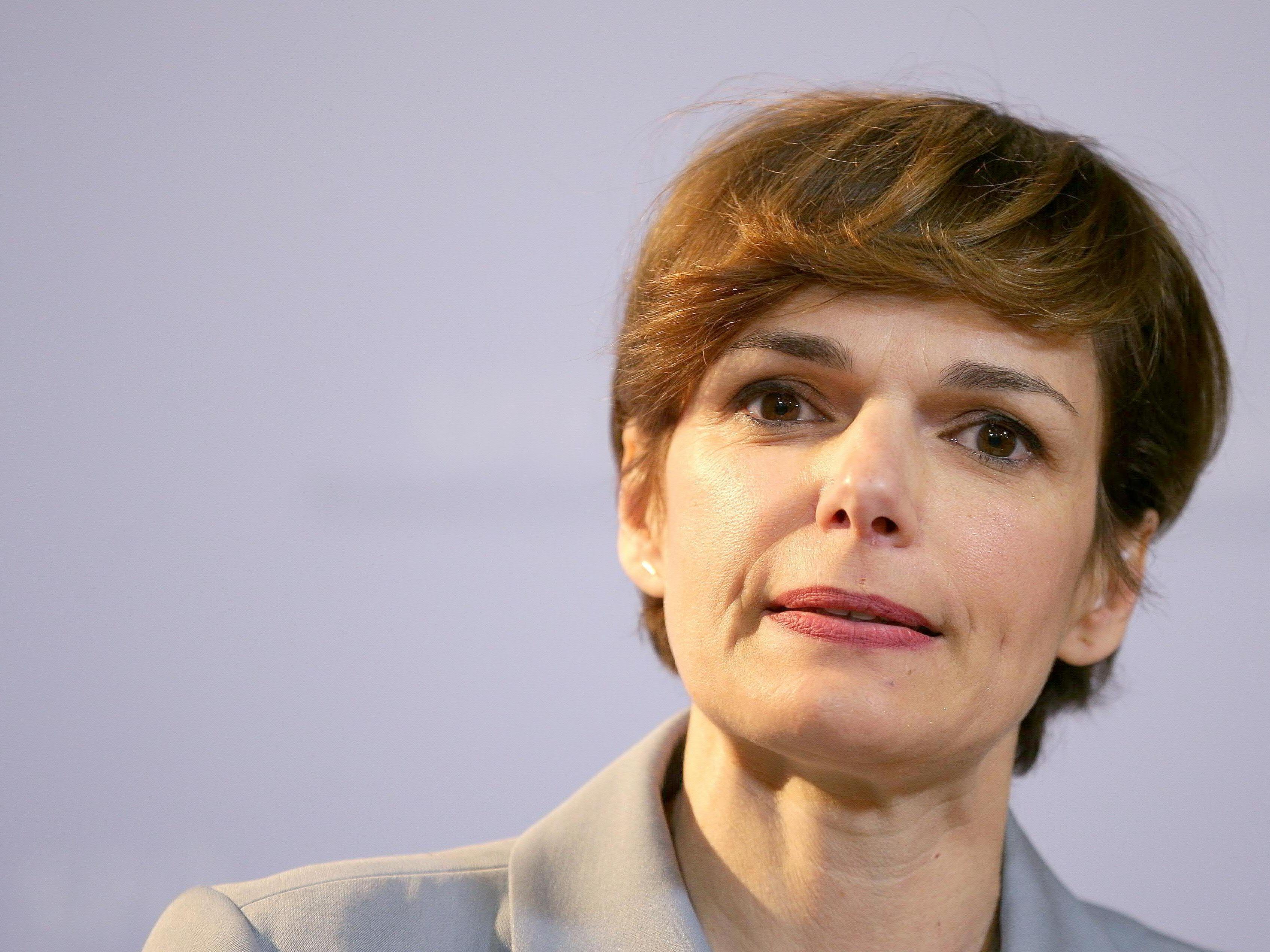 Gesundheitsministerin Pamela Rendi-Wagner macht sich für Wien als EMA-Standort stark