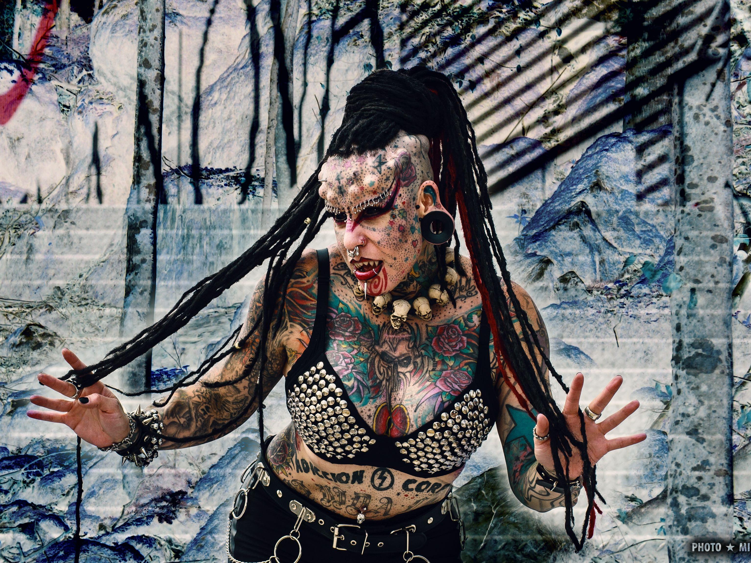 The Mexican Vampire Woman exklusiv auf der Wildystyle & Tattoo Messe.