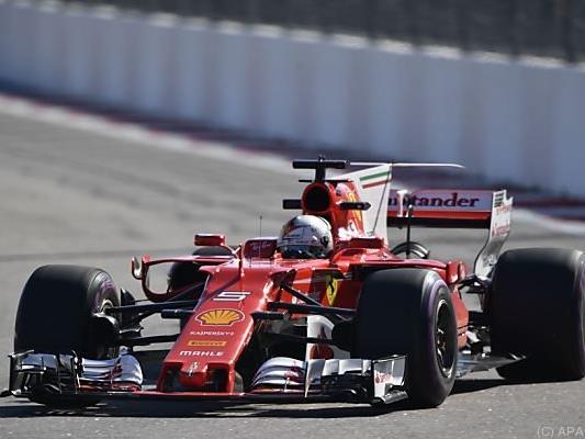 Vettel fuhr in der zweiten Einheit Bestzeit