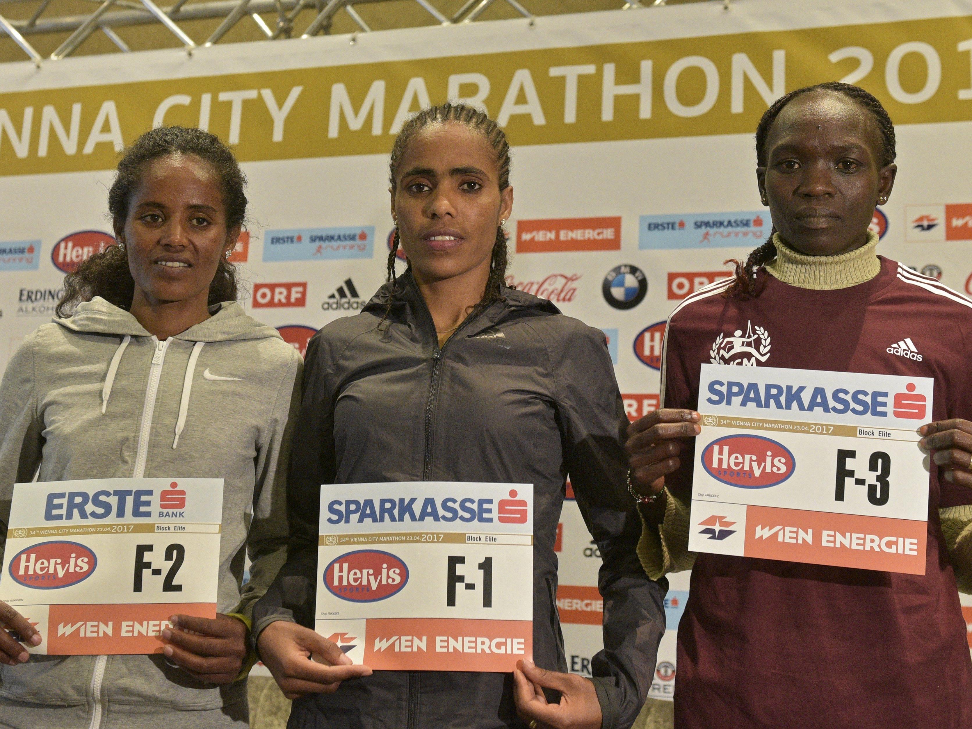 Die Favoritinnen beim VCM 2017: Meseret Mengistu (ETH), Shuko Genemo (ETH) und Nancy Kiprop (KEN.