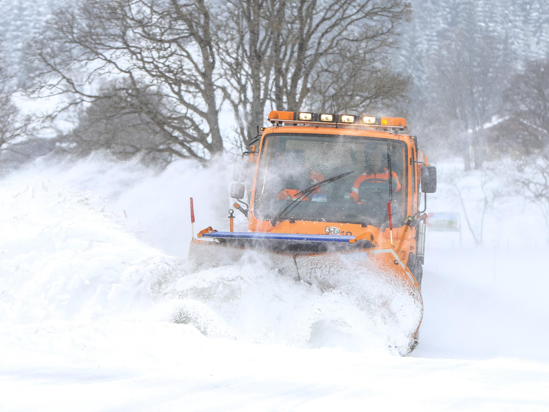 Die Schneemassen sorgten in Niederösterreich und im Burgenland für Stromausfälle.