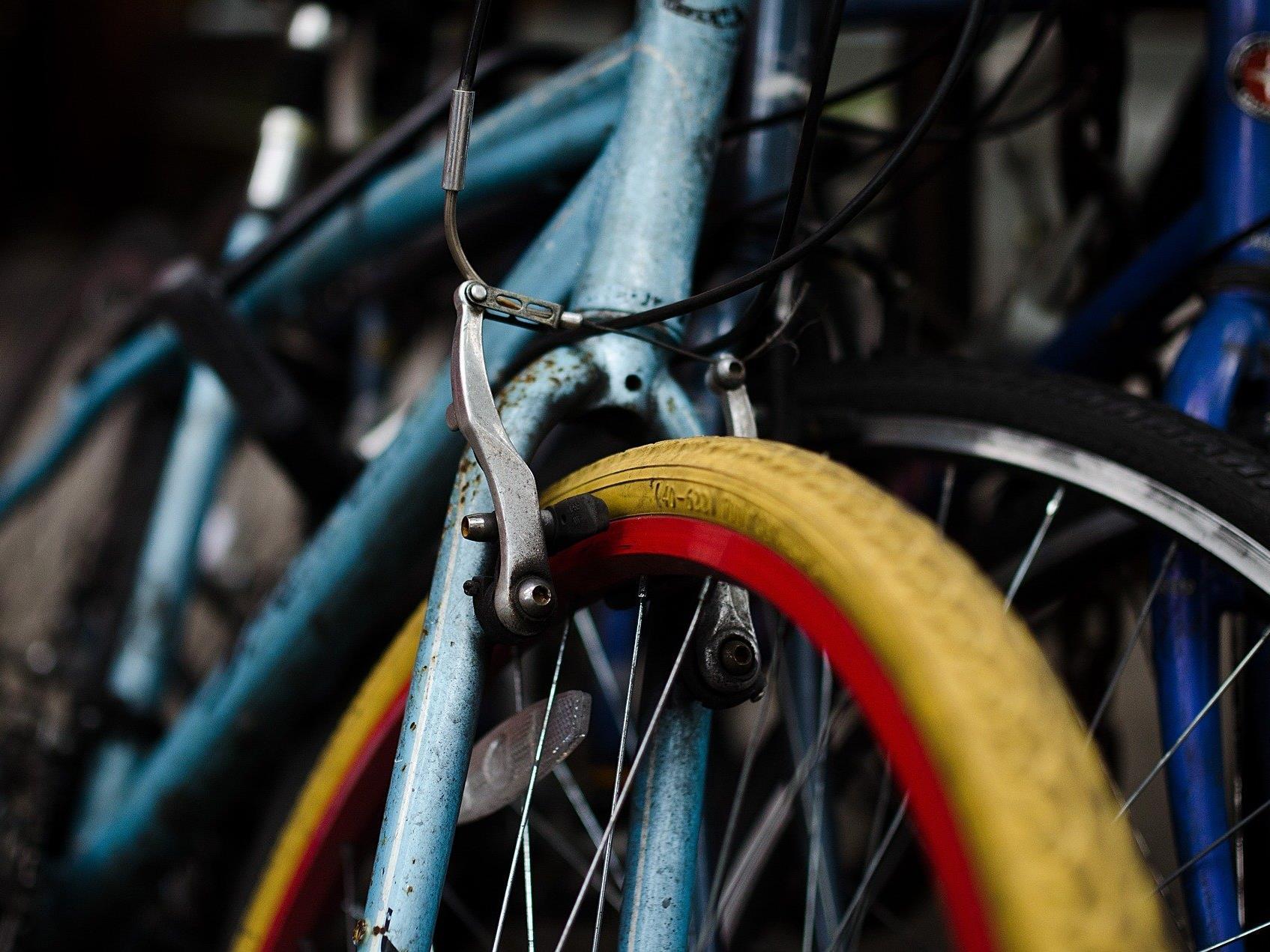 Beim Fahrradflohmarkt in Döbling nach dem geeigneten Drahtesel suchen - oder sich von ihm unkompliziert trennen