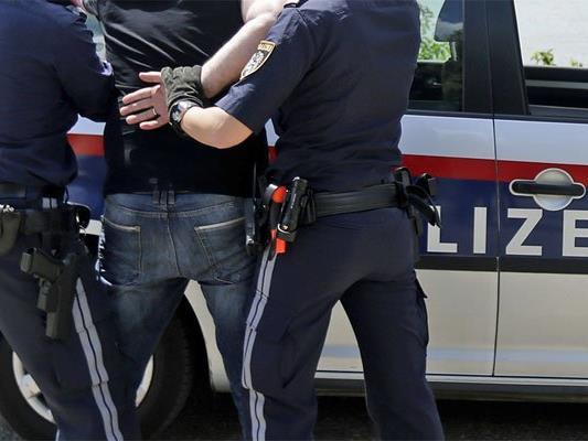 Der aggressive Mann wurde festgenommen.
