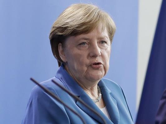 Die deutsche Kanzlerin weist die Kritik an Österreich an der geplanten Pkw-Maut in Deutschland zurück.
