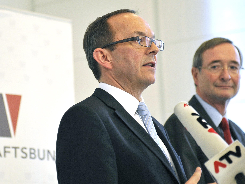 Generalsekretär Peter Haubner (links)