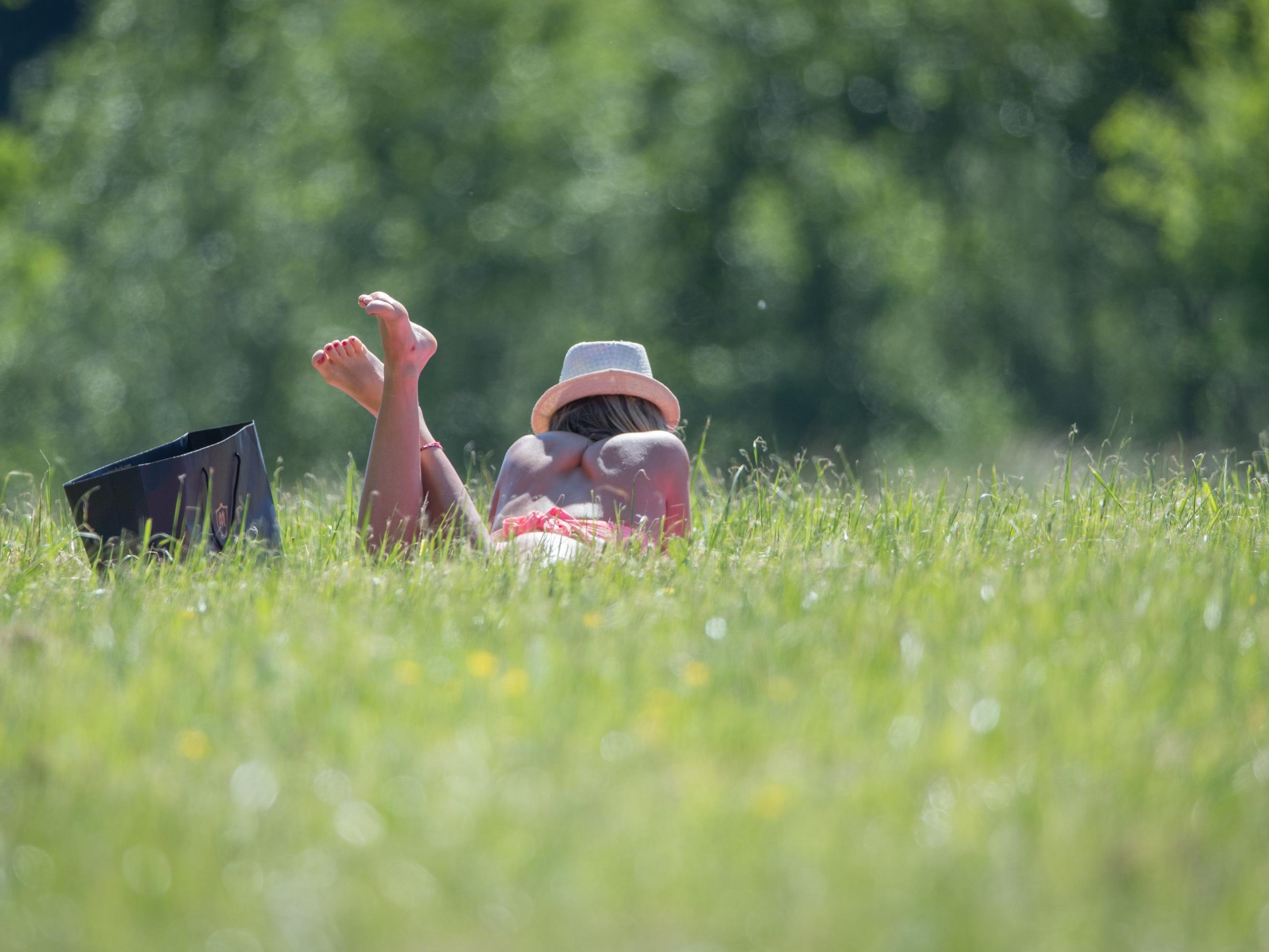 Zu Wochenbeginn erwartet uns sommerliches Wetter.
