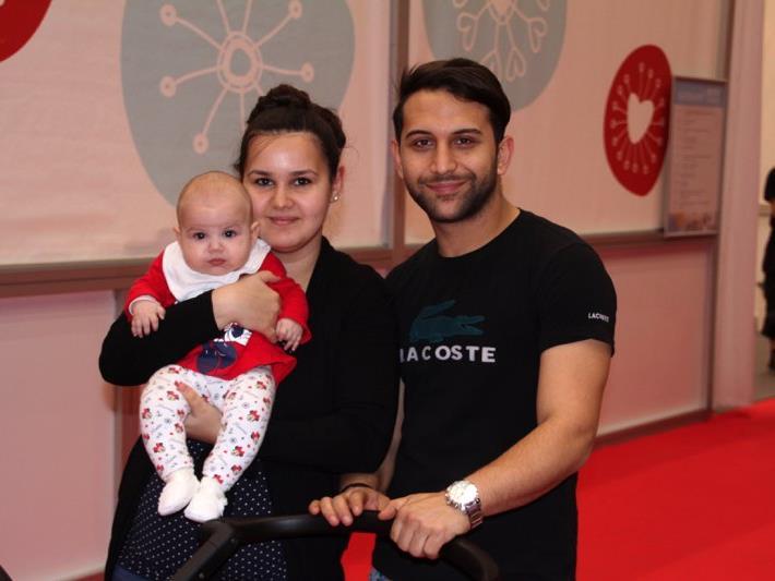 Familie Gamze und Ünal Ergenc aus Rankweil besuchten mit Töchterchen die Babywelt in Dornbirn.