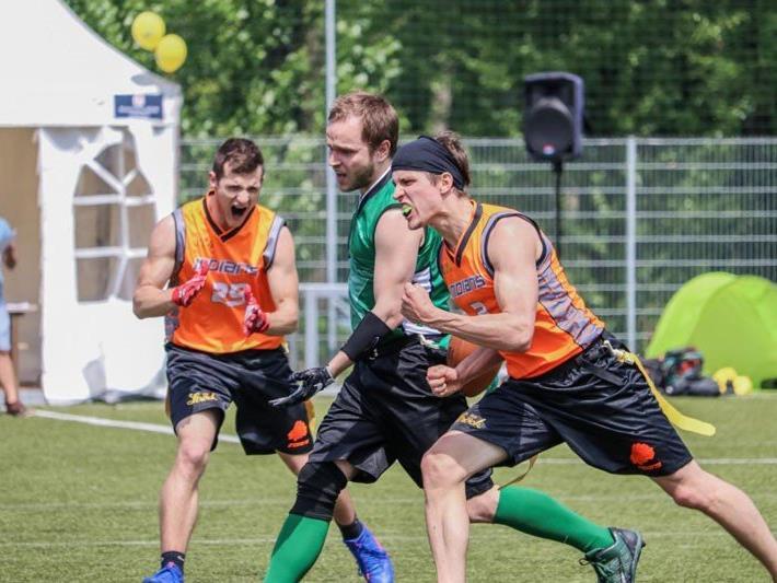 Die Flagfootball-Meisterschaft ist bereits in die neue Saison gestartet.
