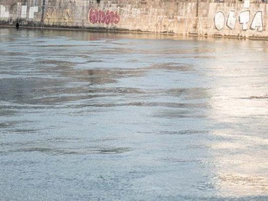 Die Polizei hat Hinweise zur aus dem Donaukanal geborgenen Leiche.