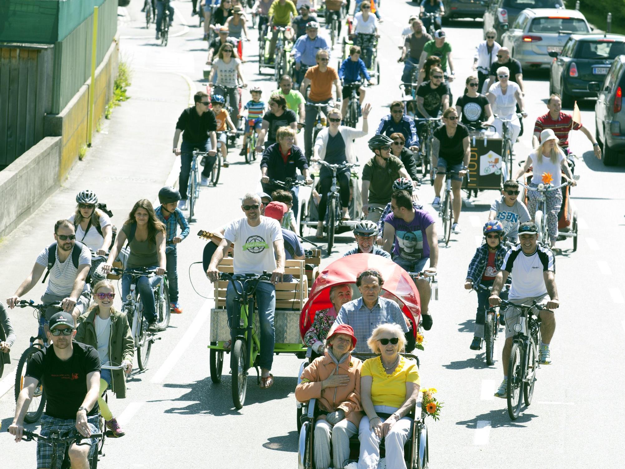 Zweite Fahrradparade in Lustenau, am 6. Mai. Start um 12 Uhr bei Virglers Hochstat.