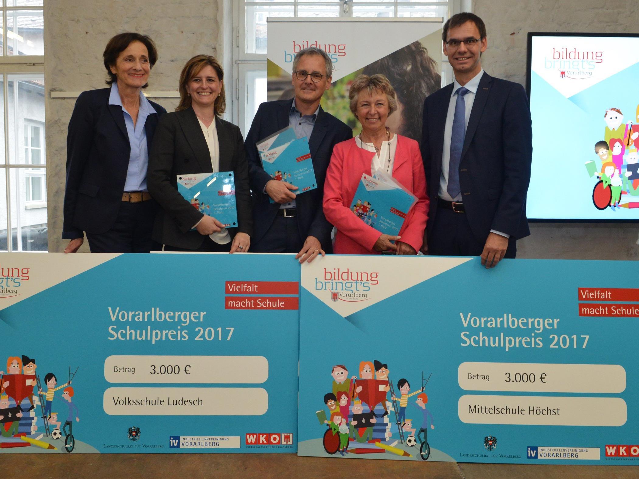 Vorarlberger Schulpreis 2017 für VS Ludesch, MS Höchst und HAK/HAS Lustenau
