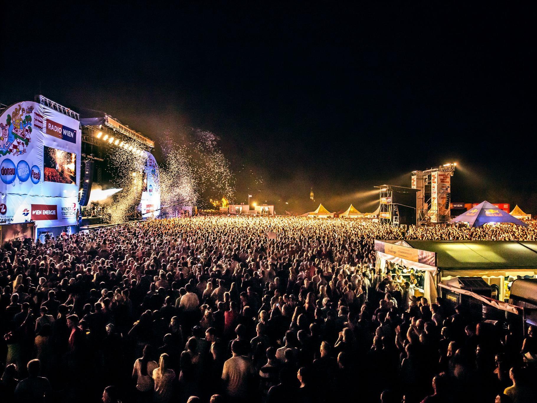 Sei dabei am DIF in Wien - gewinne ein Wochenende mit Aufenthalt zu zweit.