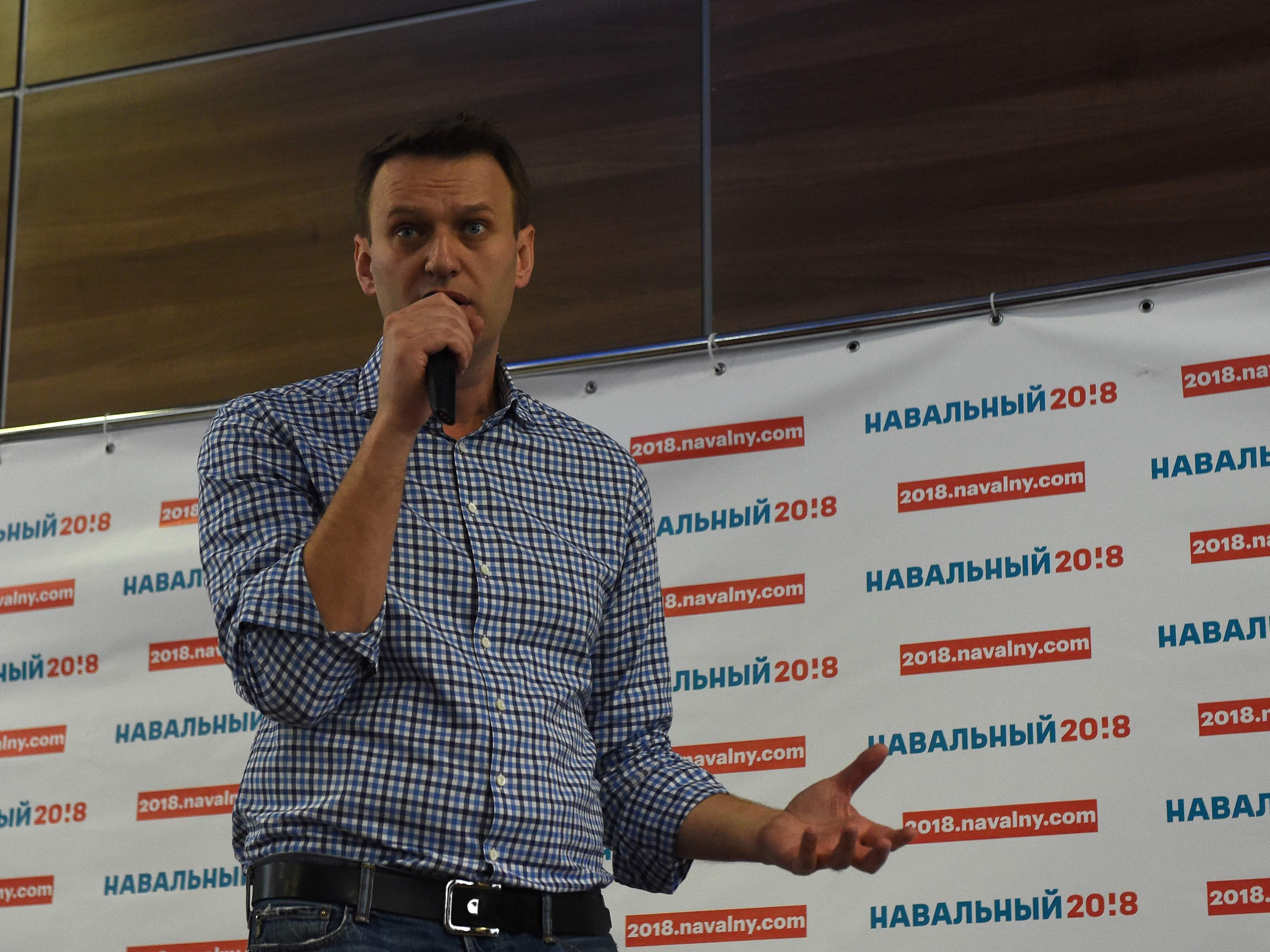 Der russische Oppositionelle Alexej Nawalny wurde offenbar kurz vor einer Demonstration festgenommen.
