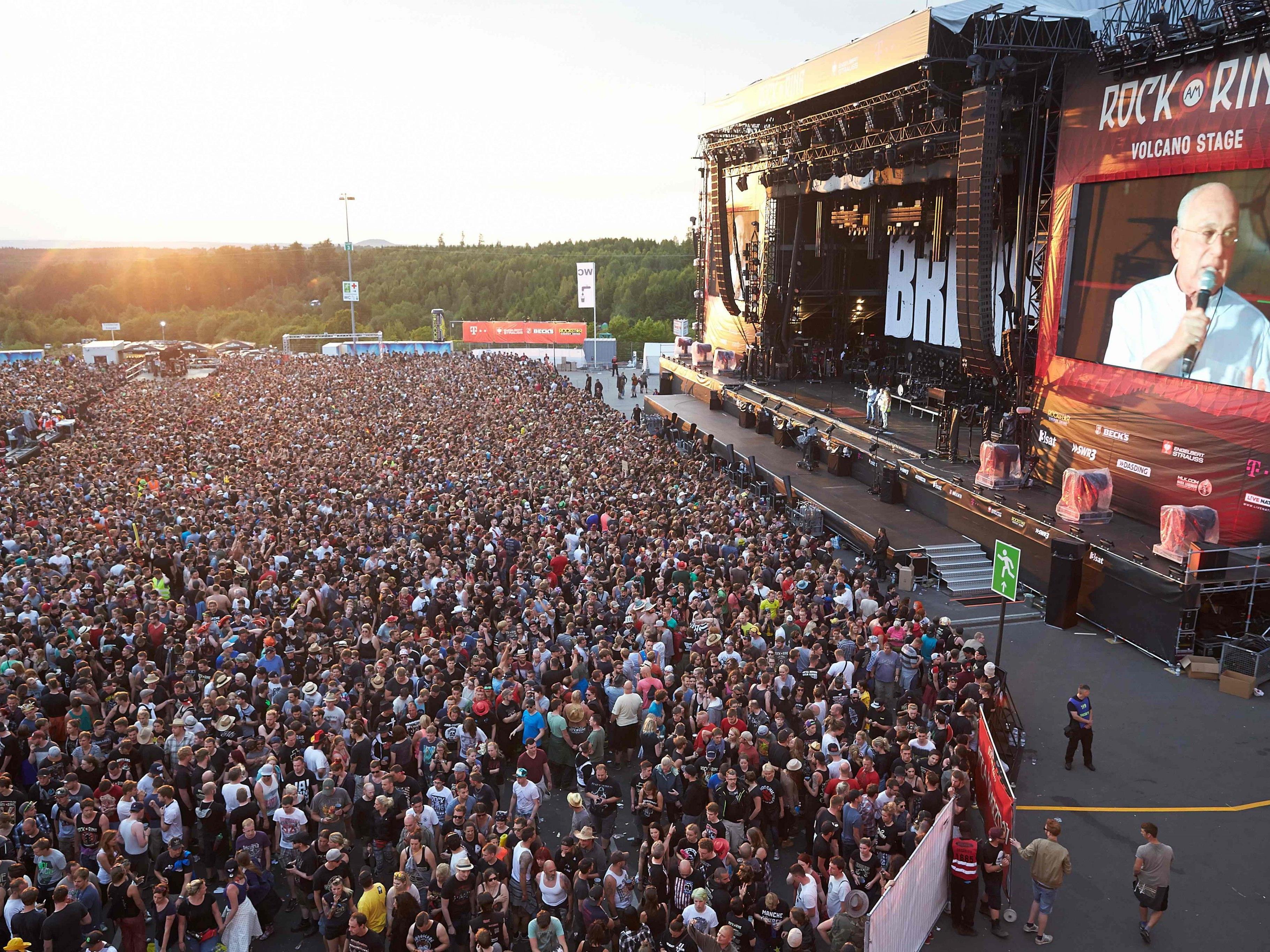 "Das Musikfestival ""Rock am Ring"" musste unterbrochen werden"