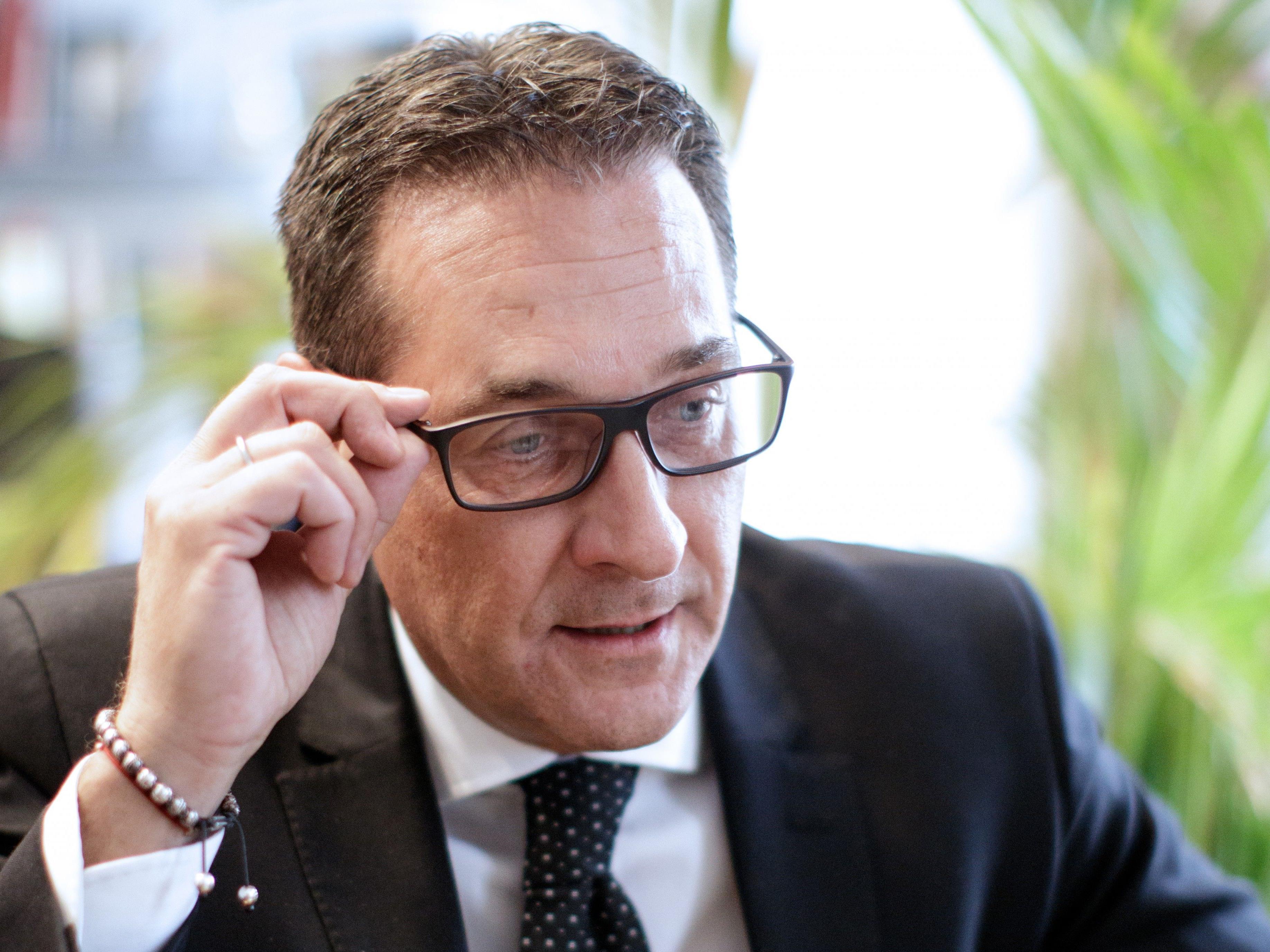 FPÖ-Chef Heinz-Christian Strache im Interview