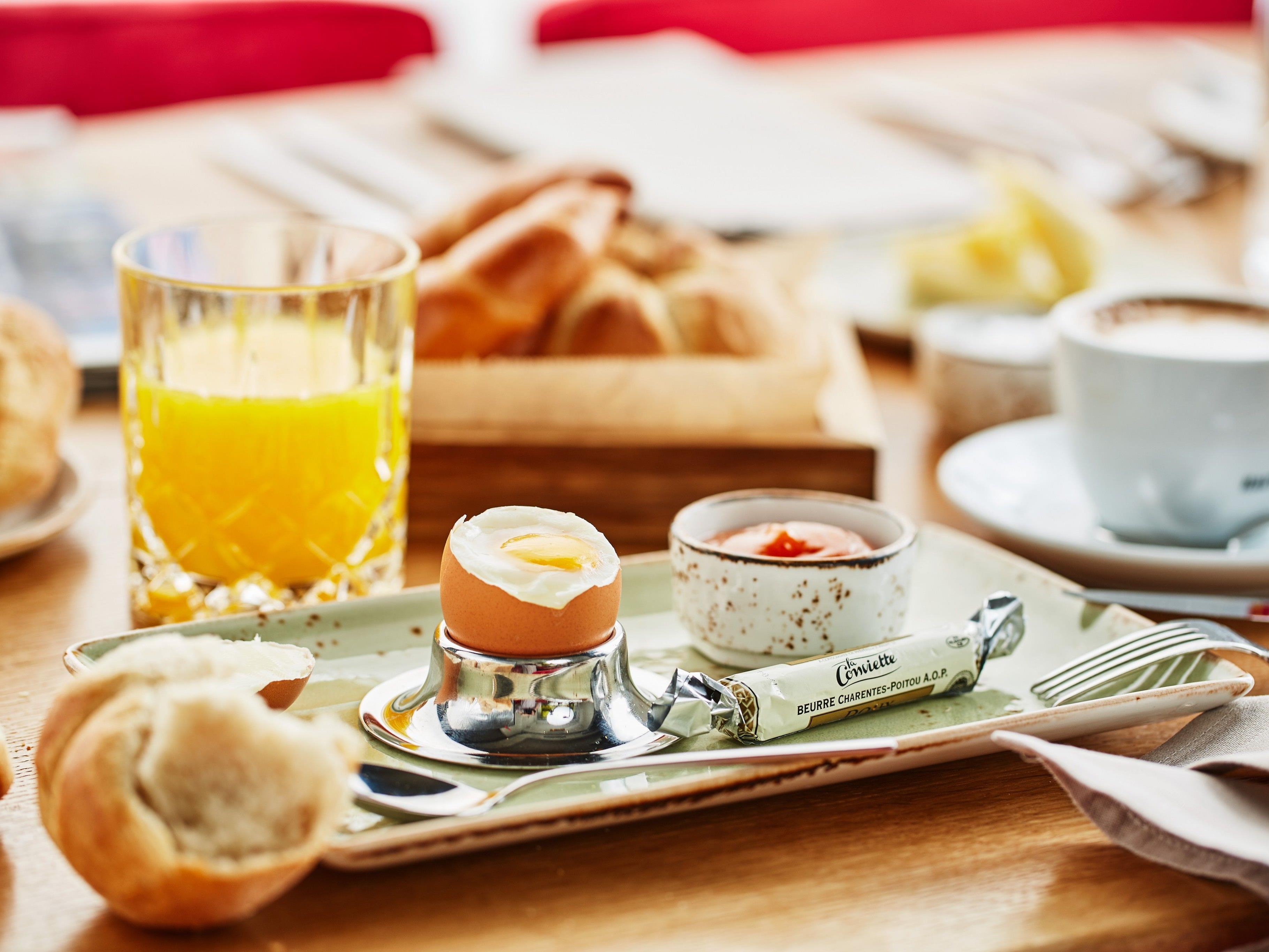 Gemütlich Frühstücken bei WEIN & CO.