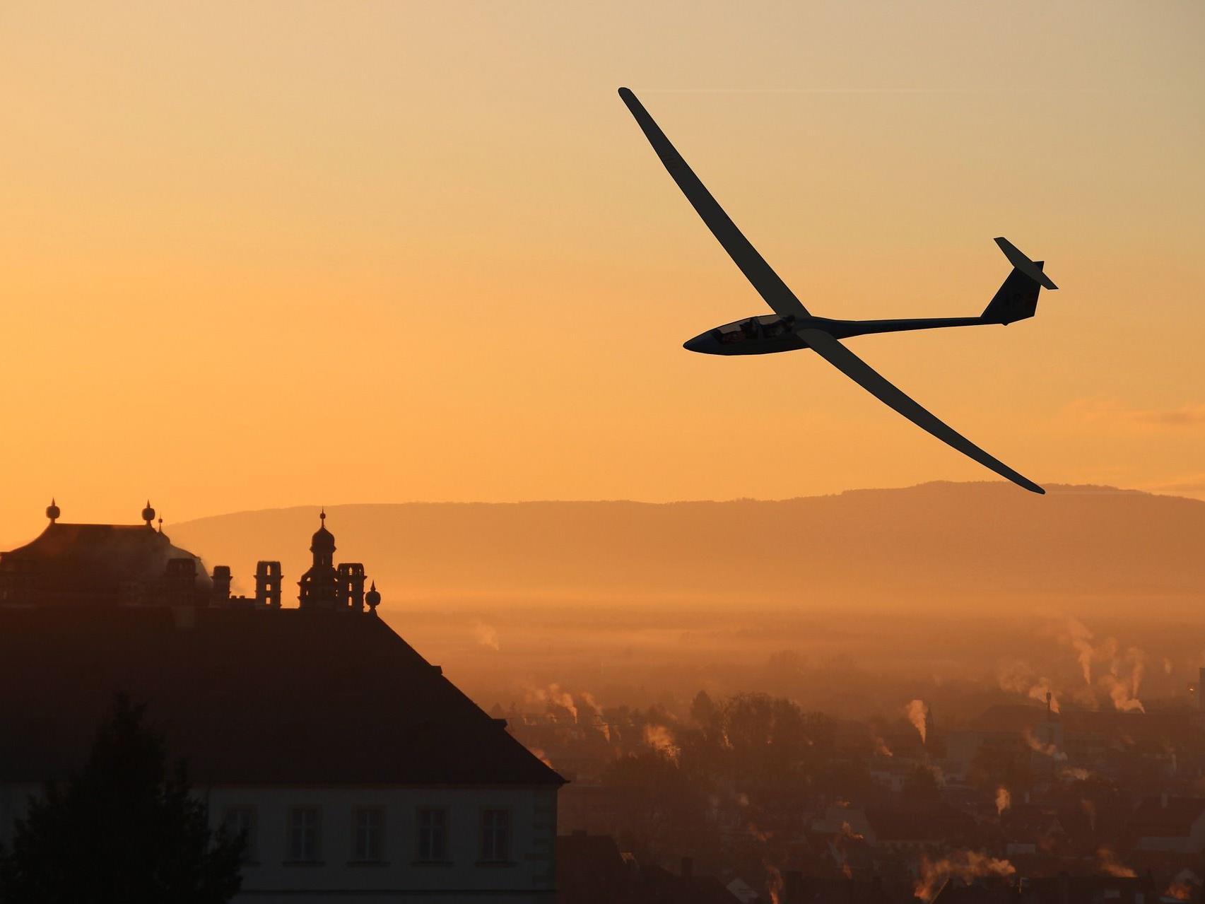 Der in Wien lebende Pilot verstarb bei dem Segelflieger-Absturz in NÖ.