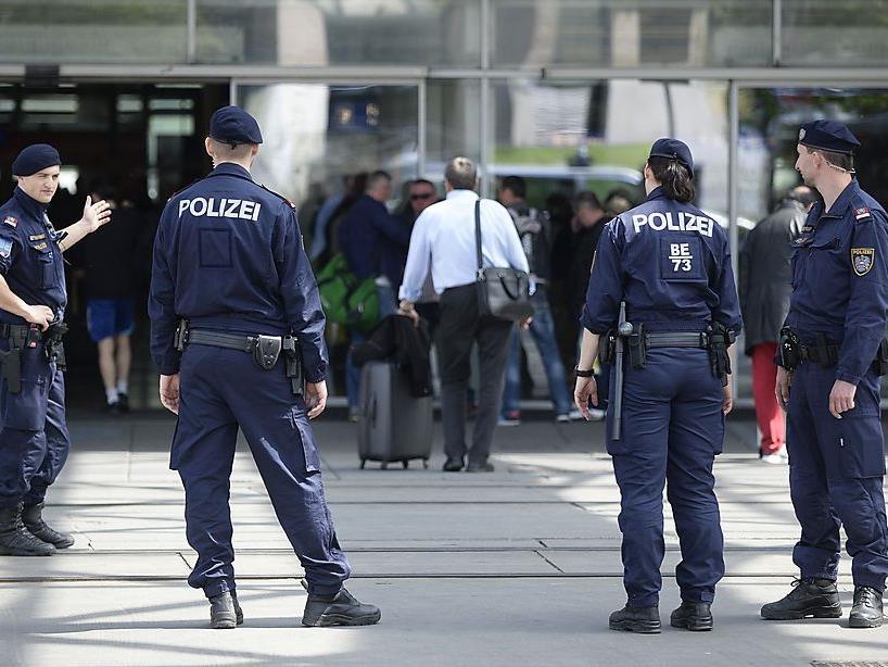 Festnahmen am Praterstern.