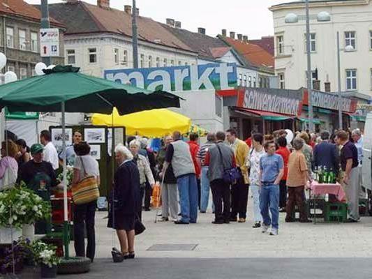 Sommerliches Fest am Schwendnermarkt.